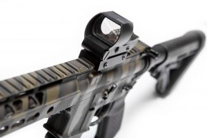 Reflex Sight Predator V2 Side Angle